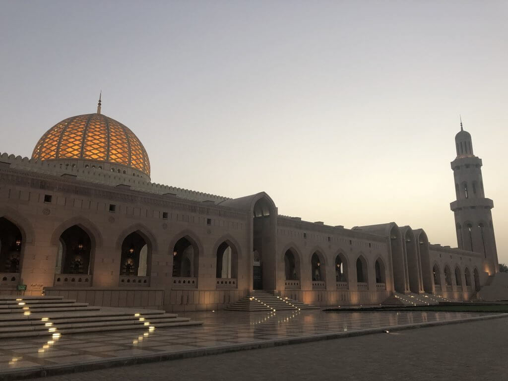 moschea di muscat oman